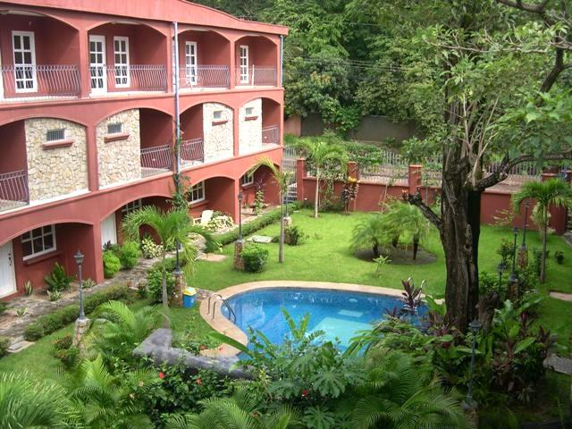 Great Villa with 3 BR & 4 BA in Tamarindo (Villa Verde I, # 8 HP051) - Image 1 - Tamarindo - rentals