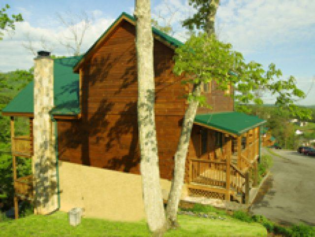Featured Property Photo - Double View Lodge - Pigeon Forge - rentals