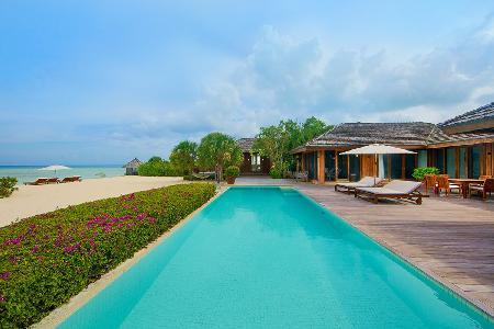 Beachfront Dhyani House with Daily Breakfast, Full Staff, Volleyball & Tennis - Image 1 - Parrot Cay - rentals