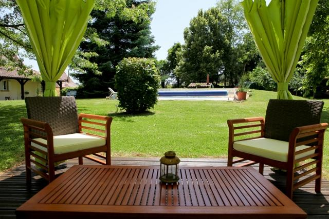 Garden Abris by pool - Private Country House,Dordogne ,South West France - Bourniquel - rentals