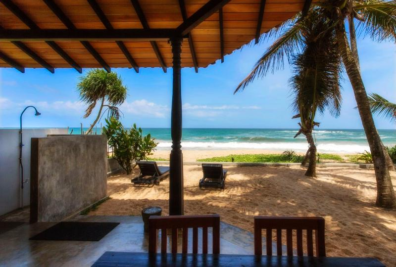 The ocean from the veranda - Anandhouse-2 bedroom beach-house air-con free wifi - Ambalangoda - rentals
