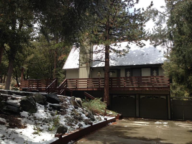 Four Seasons Retreat 4,000 Square feet of living space, 4 Bedrooms, 3 Bathrooms - Quail Run 4000 SF Largest & Most Beautiful on Mtn - Pine Mountain Club - rentals