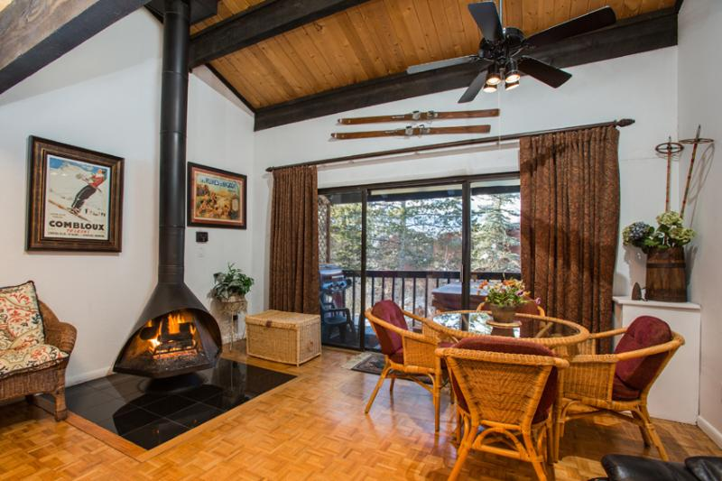 Herbage Townhome: 3 suites.  Private Hot Tub. - Image 1 - Steamboat Springs - rentals