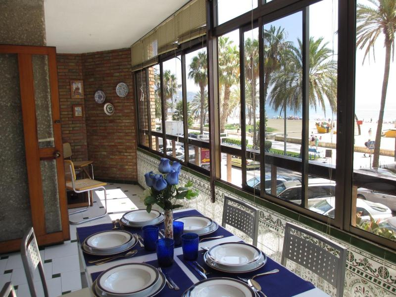 Terrace front the beach - In front of the beach in center of Málaga next to Muelleuno - Malaga - rentals