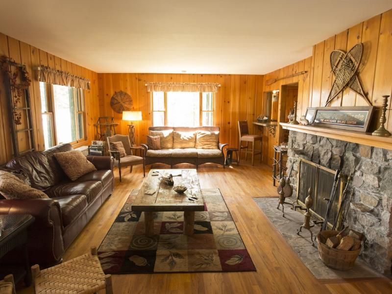 The Palmer House LIving Room - Old Forge Waterfront Cabin on Fourth Lake - Old Forge - rentals