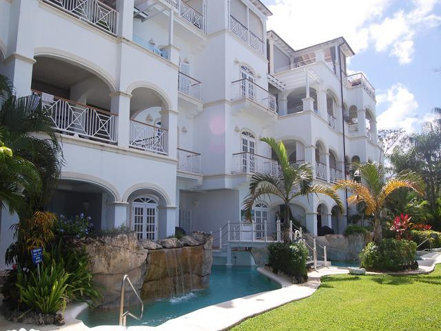 Halcyon, Old Trees at Payne's Bay, Barbados - Beachfront, Gated Community, Pool - Image 1 - Paynes Bay - rentals