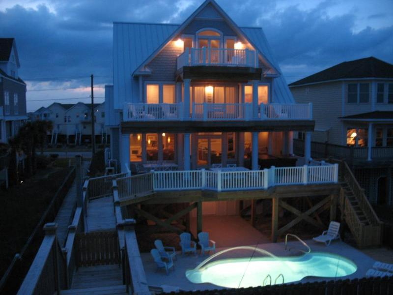 Marvelous Night for a Moondance - Moondance - Direct Oceanfront,Pool,HotTub,Elevator - North Topsail Beach - rentals