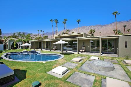 Stylish, Upscale Palm Springs Villa with WiFi and Pool - Canyon Green - Image 1 - Palm Springs - rentals