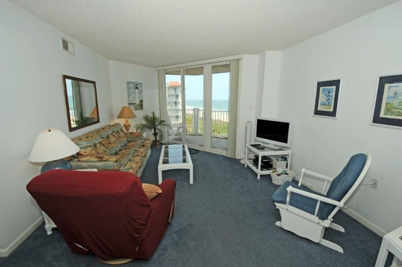 Living Room - St. Regis 2511 Oceanfront! | Indoor Pool, Outdoor Pool, Hot Tub, Tennis Courts, Playground - North Topsail Beach - rentals