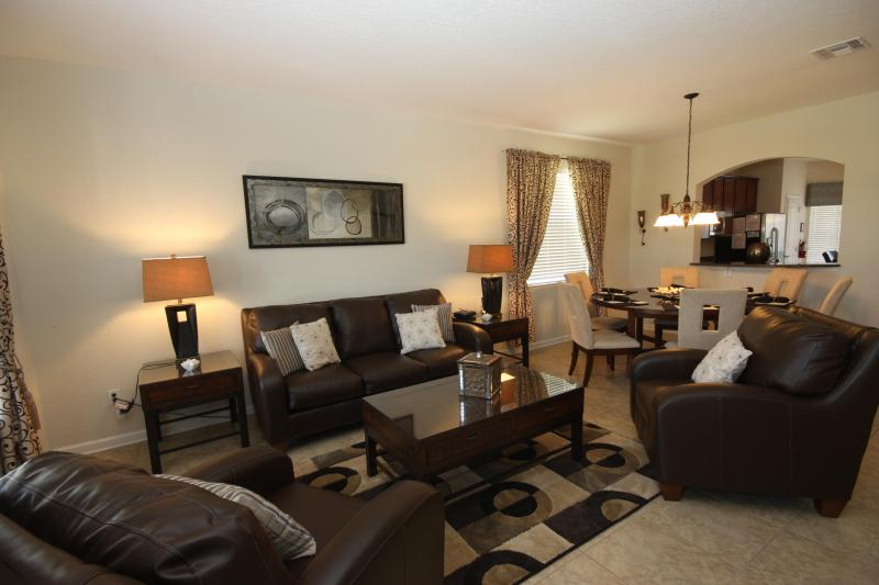 The Formal Lounge - First Class 6 Bed 4 Bath 4 Miles Disney ,On Resort - Kissimmee - rentals