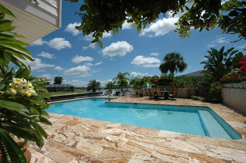 Enjoy your own Beautiful Private Caribbean Resort - Banana River Waterfront with PRIVATE DOCK, BOATS and HUGE POOL - Merritt Island - rentals