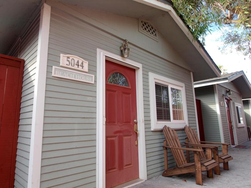 Waypoint Cottage - Steps to the Sand & Sea! - Image 1 - San Diego - rentals