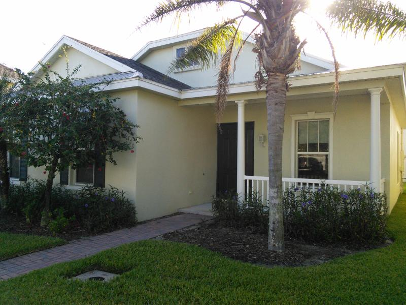 Upscale Furnished Vacation Home - Image 1 - Port Saint Lucie - rentals