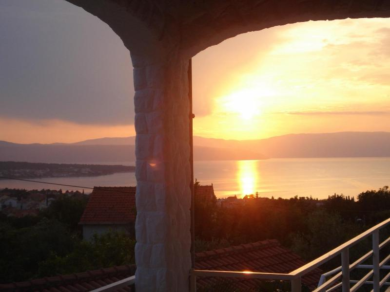 The view from the terrace - Apartment Kremenic with sea view ,A/C,WiFi - Malinska - rentals