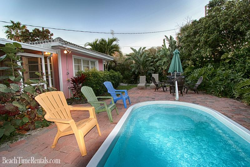 Sea Breeze Beach House - Private Pool - 3 Bdrs - Image 1 - Clearwater Beach - rentals