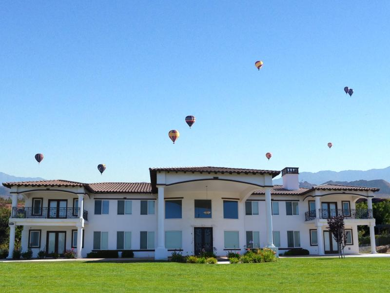 9 BR Ultra-Luxe Wine Country Estate Sleeps 20-24 - Image 1 - Temecula - rentals