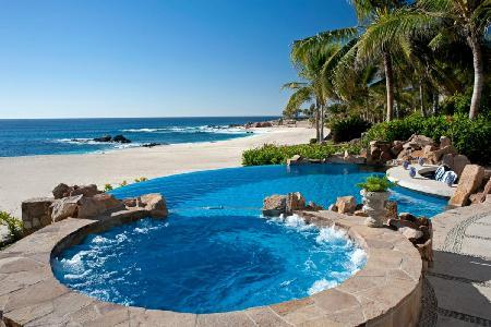 Beachfront Villa 482 on a secluded, pristine beach with pool & staff, near golf - Image 1 - Cabo San Lucas - rentals