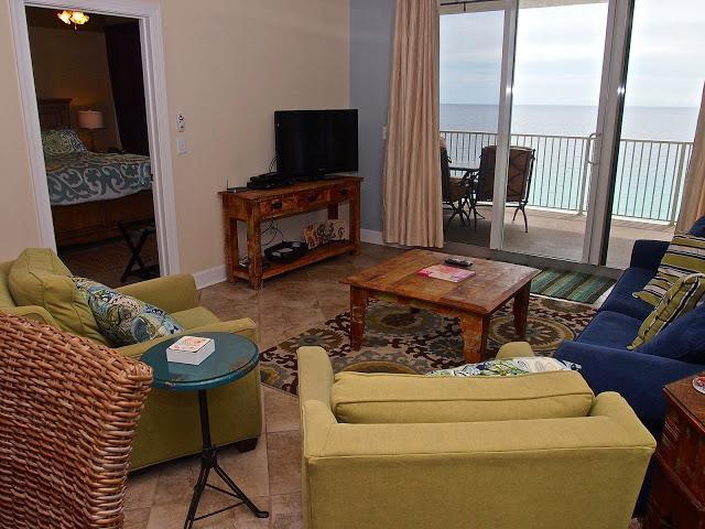 Living area #1307 - BRAND NEW 4/4 In Tropic Winds!!  Gorgeous Views!!! - Panama City Beach - rentals