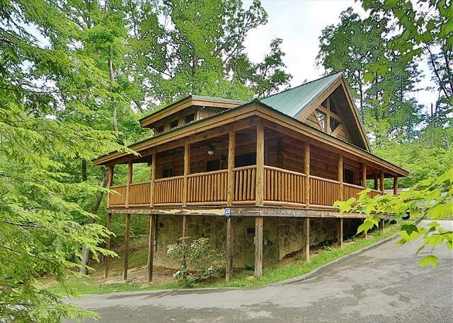 The Hideaway a one bedroom cabin - Image 1 - Sevierville - rentals