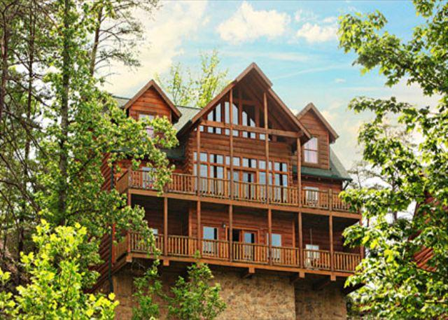 Pinnacle View an eight bedroom cabin - Image 1 - Sevierville - rentals
