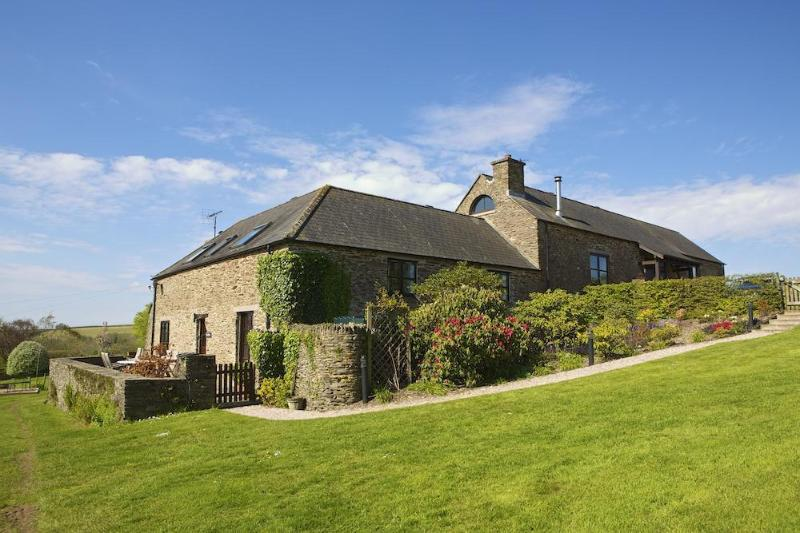 The Byre Web Versions 8 - The Byre - Bowden - rentals