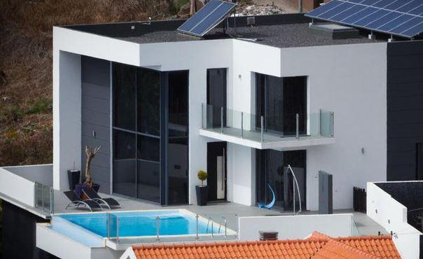 Luxury villa for up to 6 people  with infinity pool and sea view - PT-1077224-Arco da Calheta - Image 1 - Arco da Calheta - rentals