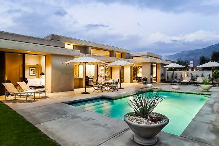 Contemporary Dream on a premier golf course, features pool, spa, mountain views & close to hiking - Image 1 - Palm Springs - rentals