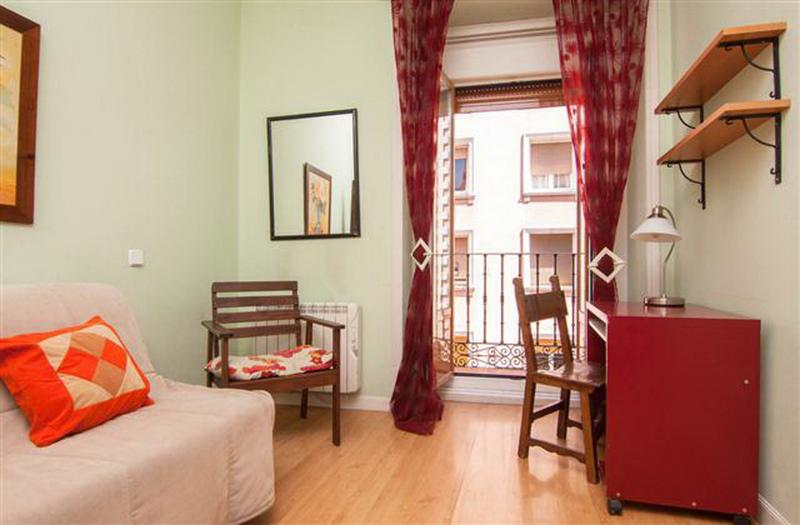 Perfect Location Budget 2 Bedroom Balconies Wifi - Image 1 - Madrid - rentals