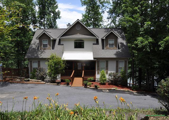 Water's Edge @ Nottely Lake - Magnificent home w/ private dock where boating, swimming and fishing awaits - Blairsville - rentals