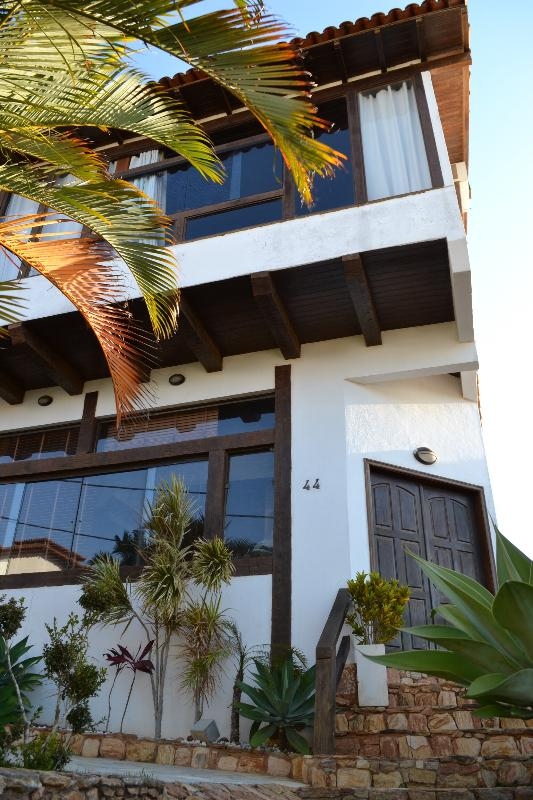 House Front - COMFORTABLE HOME NEAR THE BEACHES AND TOWN CENTER - Buzios - rentals