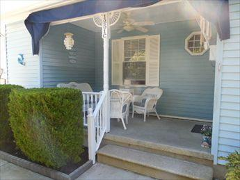 Beautiful 2 Bedroom, 2 Bathroom House in Cape May (6023) - Image 1 - Cape May - rentals