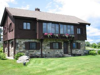 Hill Top Retreat Chalet - White Mountains vacation rentals