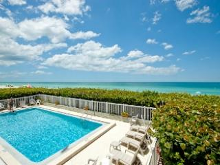 Beautiful condo Overlooking Beach and Pool - Seaside Beach House 105 - Holmes Beach - rentals