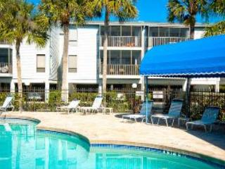 Pool area - Sandy Point Unit 206 - Holmes Beach - rentals