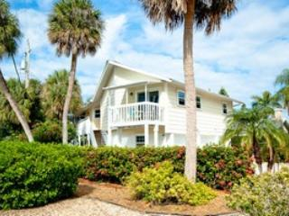 Welcome - 202 78th Street - Holmes Beach - rentals