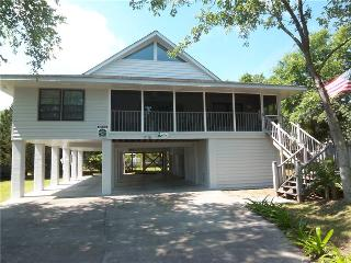 Ugly Betty - Pet Friendly - Pawleys Island vacation rentals