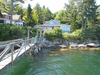 PINE CLIFF DWELLER| SOUTHPORT ISLAND | AMAZING OCEAN VIEWS| PRIVATE DOCK & FLOAT| COVERED & OPEN DECKS | ISLAND LIVING - East Boothbay vacation rentals