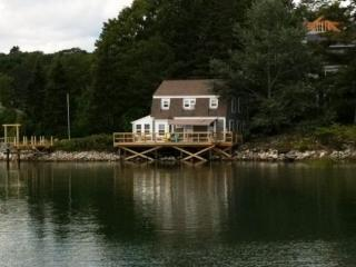 Waterfront Cottage- Just Across the Bridge from Damariscotta - East Boothbay vacation rentals