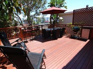 Enjoy the Sun in this Lovely 4 Bedroom Spanish Style Home! (68164) - Newport Beach vacation rentals
