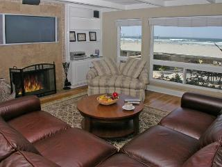 Luxurious Oceanfront home with ocean views throughout and large patio. - San Diego vacation rentals