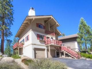 Great views and great location w/ spa and pool - HCH1217 - South Lake Tahoe vacation rentals