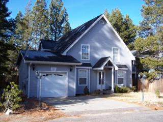 Adorable cottage w/ hot tub! Located 15 min Sierra - COH0821 - Lake Tahoe vacation rentals