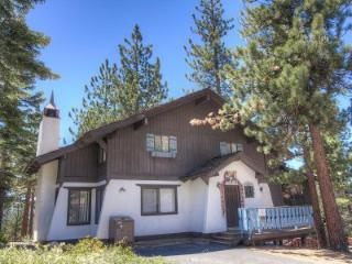 Huge, newly remodeled 4BR chalet blocks to Heavenly - HCH1000 - Lake Tahoe vacation rentals