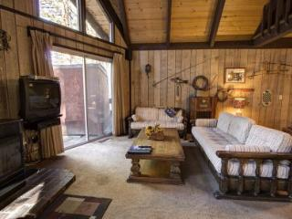 Affordable family home, 5miles to casino & skiing - CYH1050 - South Lake Tahoe vacation rentals