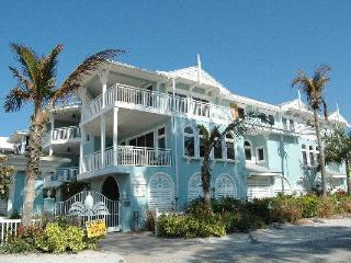 Palm Gables 110 - Holmes Beach vacation rentals