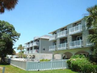 Fountainhead Condo 4 - Holmes Beach vacation rentals