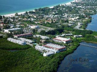 Cove at Sandy Pointe 111 - Holmes Beach vacation rentals