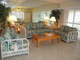 Golden Beach #1 Sat to Sat Rental - Image 1 - Sanibel Island - rentals