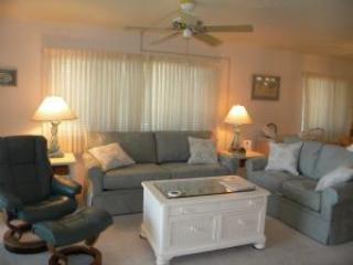 Sandpiper Beach #203 Sat to Sat Rental - Sanibel Island vacation rentals