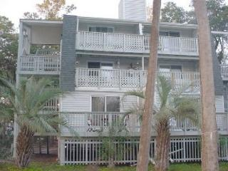 Driftwood Villa 282 - Adorable First Floor One Bedroom Villa - Edisto Beach vacation rentals